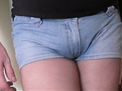 sissy crossdresser in black tights and shorts^2:36