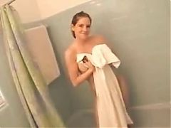 Amateur Girl in Shower^5:20